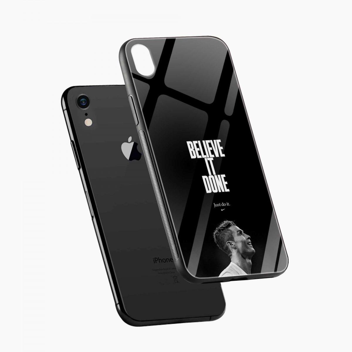 christiano ronaldo black white apple iphone xr back cover diagonal view